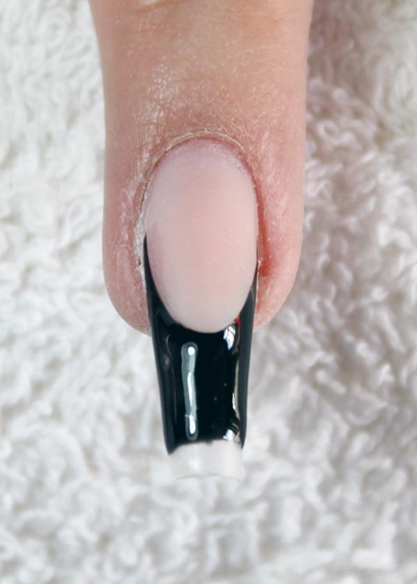 Schwarze Spitze mit Farbgel Raven Black